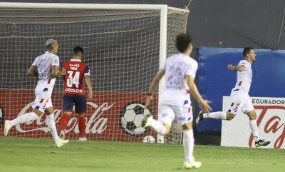 Nacional le da otro golpazo a un Cerro que no reacciona