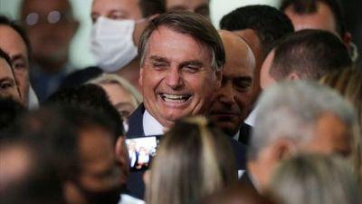 Bolsonaro afirma que hay una vacuna brasileña en desarrollo
