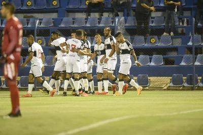 Olimpia ganó en Villa Elisa y es nuevo líder del Apertura