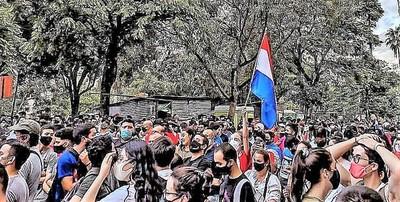"""""""No hay que subestimarle al pueblo"""", decía Marito antes de ser Presidente, y ahora ese pueblo pide su cabeza"""