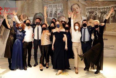"""""""Las niñas"""" conquista los Goya en una gala ensombrecida por la pandemia"""