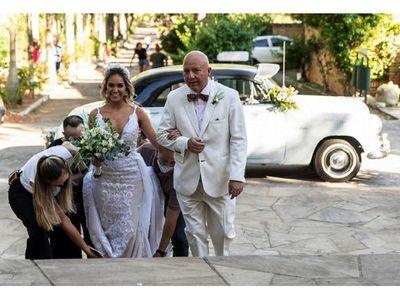 El enlace matrimonial de Giovanna y Juan Carlos