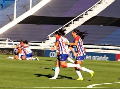 Libertadores Femenina: debut con goleada de Libertad/Limpeño
