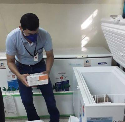 Paraguarí recibe primeras 240 dosis de vacunas antiCOVID