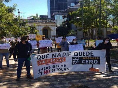Universitarios llaman a movilizarse y exigen el cumplimiento del Arancel Cero