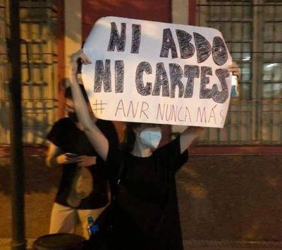 Mburuvicha Róga, casa de Cartes y Plaza de Armas son los tres frentes de las manifestaciones