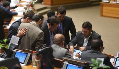 Cartistas resuelven no acompañar juicio político al presidente Abdo
