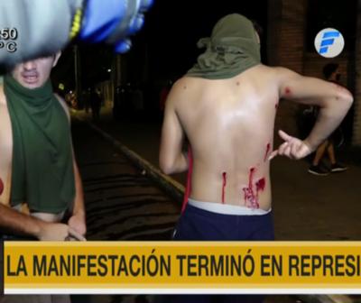 Tercer día de manifestación terminó nuevamente en represión
