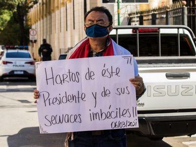 Juicio político o renuncias: piden rajes de Marito y Vice