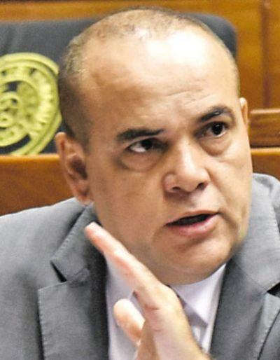 "Bachi Núñez a Lilian Samaniego: ""Denunciame, no te tengo miedo; sos una corrupta"""