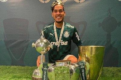 El rey paraguayo en Brasil: Gómez, tetracampeón y mejor zaguero