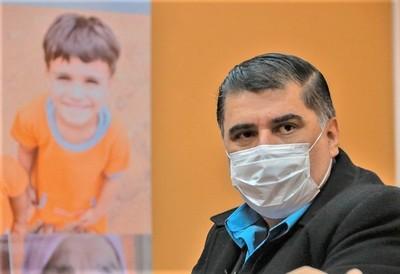 Julio Borba es confirmado como ministro de Salud