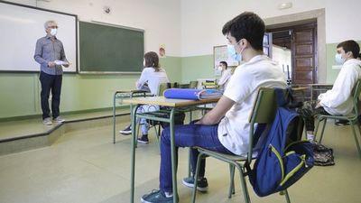Ministro de Salud recomienda suspensión de clases presenciales