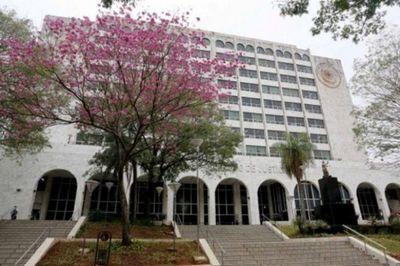 Funcionarios evacuan por seguridad el Palacio de Justicia