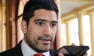 Secretario de Abdo Benítez amenaza con contramarcha colorada para «pacificar»