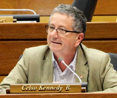 PLRA impulsará juicio político contra Abdo y Velázquez