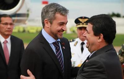 Liberales impulsarán juicio político contra Abdo y Velázquez