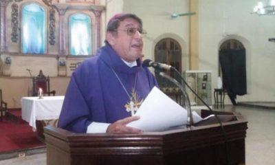 """""""Dejen de presentar falsas ofrendas inútiles; ¡no puedo soportar delitos y solemnidades!"""", he'i obispo"""