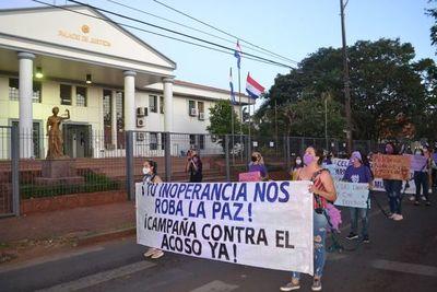 8M: Esteñas marchan contra la vulneración de los derechos de las mujeres
