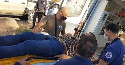 La Nación / Hieren a policía fuera de servicio durante un robo