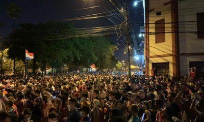 Cartes blinda a Abdo Benítez, pero protestas siguen acorralando al gobierno