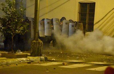 5M: Buscan identificar a infiltrados que generaron disturbios en manifestación