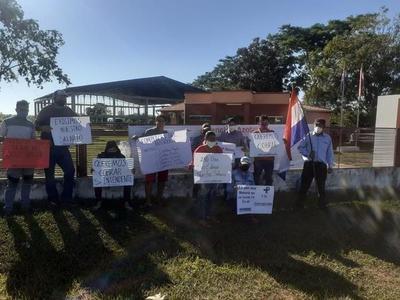 Funcionarios municipales de Azotey reclaman ocho meses de salario atrasado