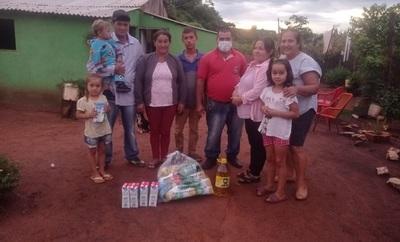 Familias de Repatriación reciben kits de alimentos