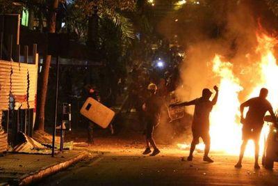 Investigador chileno expone semejanzas en el financiamiento de las protestas en Chile y Paraguay