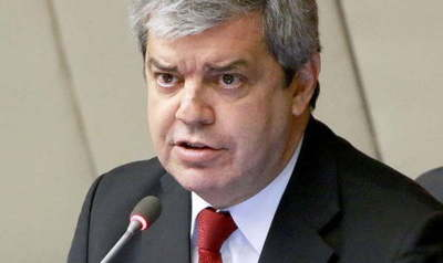 Enrique Riera dio positivo al COVID-19