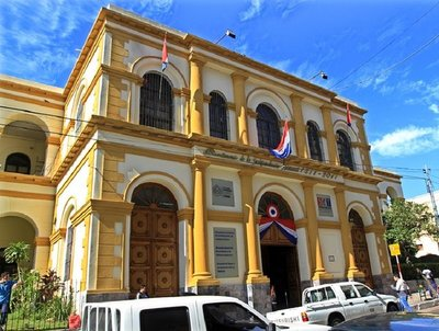Ministro responde a quejas por intereses en fraccionamiento del IRP · Radio Monumental 1080 AM