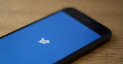 """La Nación / Rusia """"frena"""" el funcionamiento de Twitter y amenaza con bloquearlo"""
