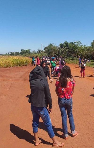 Denuncian que indígenas impiden cosecha de soja en Corpus Christi