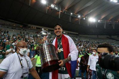 Gustavo Gómez en el equipo ideal del continente sudamericano