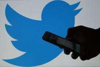 Rusia frena el funcionamiento de Twitter y amenaza con bloquearlo