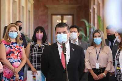 Presidente recibió informe sobre plan de vacunación y arribo de más dosis