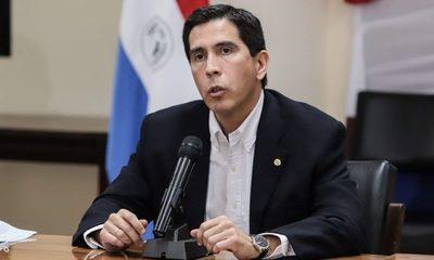Ex canciller aclara que sí atendieron gestión del embajador para compra de vacunas