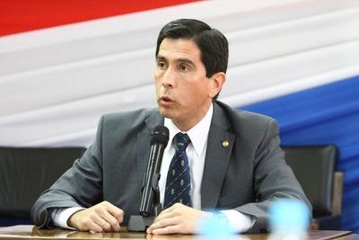 'Propuesta de exembajador en Argentina era innecesaria porque Gobierno ya gestionó de manera directa con Rusia', afirma Federico González