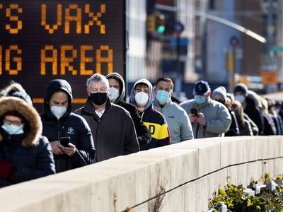 EEUU acumula 529.067 muertes y 29.149.380 contagios por Covid-19
