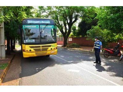 Transportistas exigen aumento del pasaje o paran en Itapúa