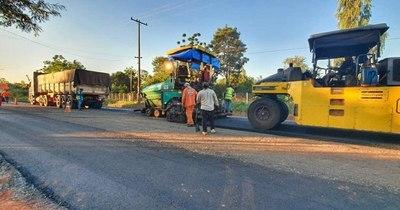 La Nación / Avanza ejecución de obra de pavimentación en San Pedro