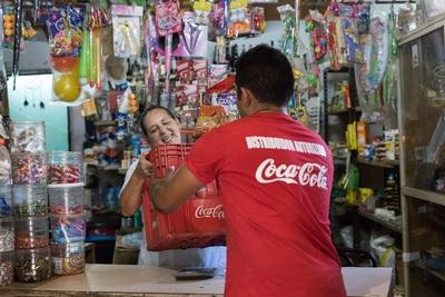 Coca-Cola celebra logro histórico al apoyar el empoderamiento económico de más de 5 millones de mujeres