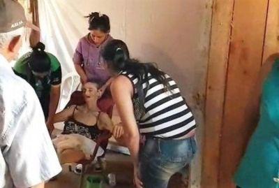 Mujer resucitó en pleno velorio, la llevaron de vuelta al hospital y allí murió