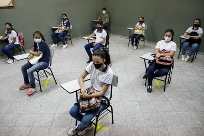 MEC registró solo cinco escuelas en cuarentena en la primera semana de clases