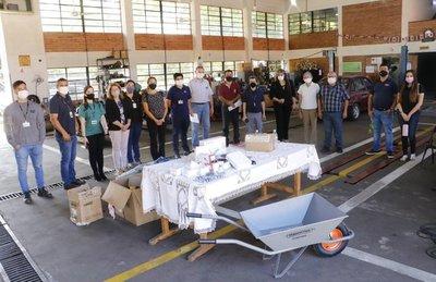 Itaipu realizó primera entrega de equipos para modernizar laboratorios de colegios técnicos