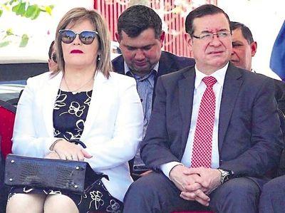 Posponen audiencia preliminar del diputado Miguel Cuevas, su hijo y su esposa
