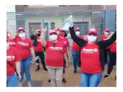 Critican video de hurreras apoyando a Marito
