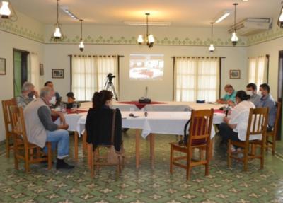 En mesa interinstitucional debaten sobre mejoramiento del sector agua y saneamiento