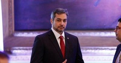 La Nación / Político de la semana: Mario Abdo Benítez, un presidente ausente