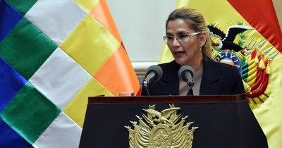 La Nación / Fiscalía de Bolivia ordena detener a la expresidenta Jeanine Áñez y varios de sus ministros